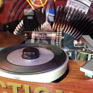 Vinyl_11_1296x_72d285de-cf22-4cca-b658-ecb057d619ab_720x